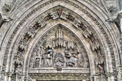 Puerta del Nacimiento (catedral de Sevilla)